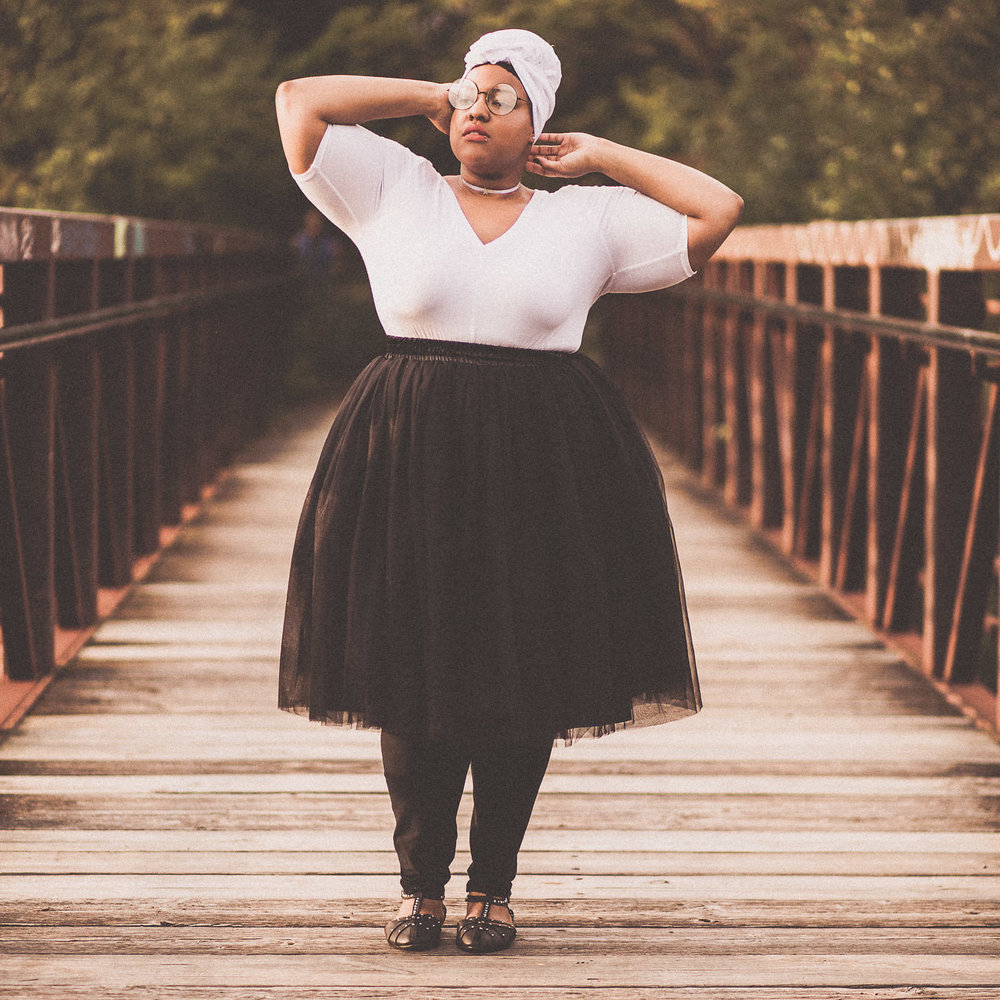 Leah-Vernon-Body-Positive-Plus-Size-Model-Detroit-Muslim-Girl-Style-Blogger-2.jpg