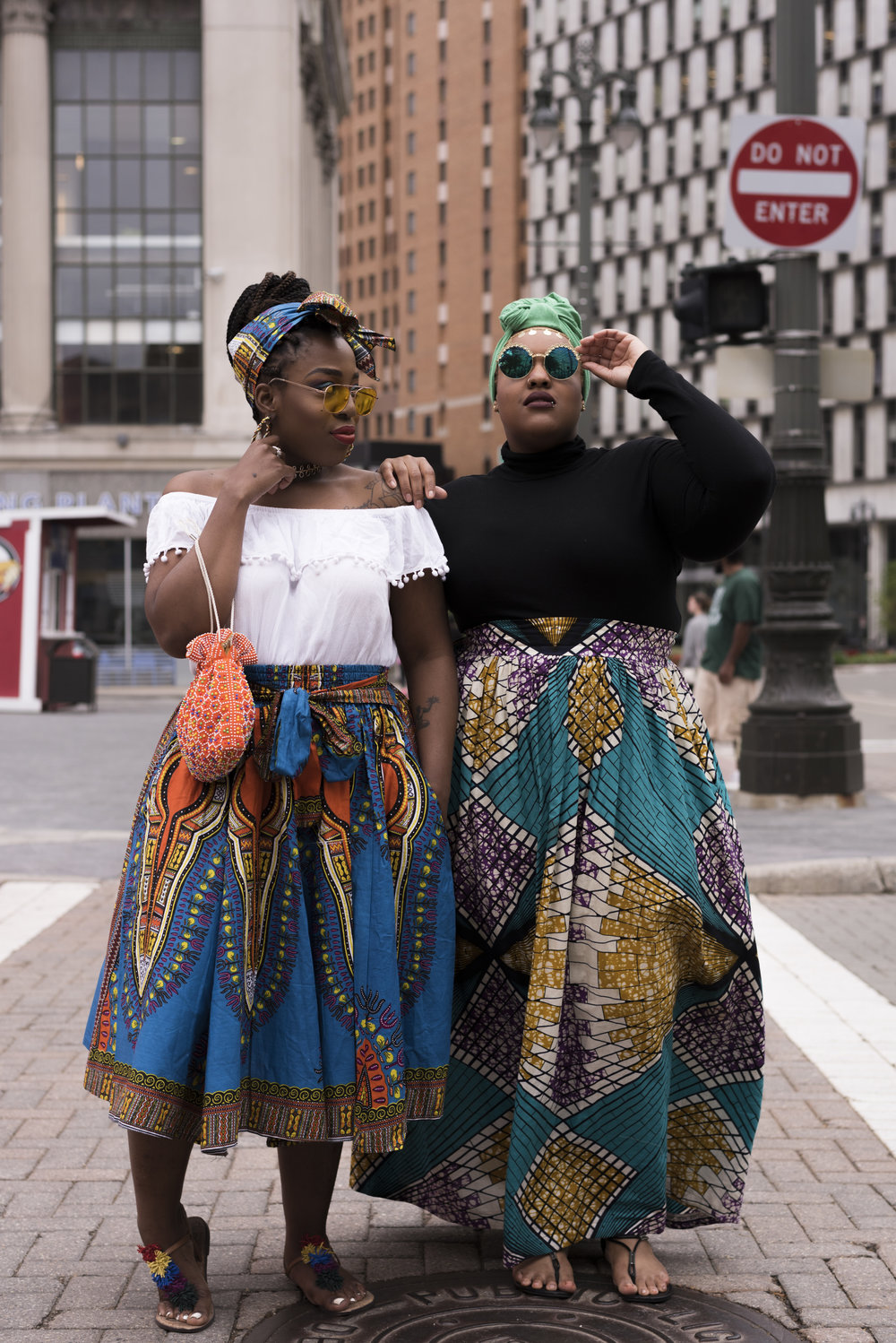 Leah-Vernon-Plus-Size-Muslim-Model-Detroit-Blogger-Body-Positive-Black-Girl-African-Print-Dress-4.jpg