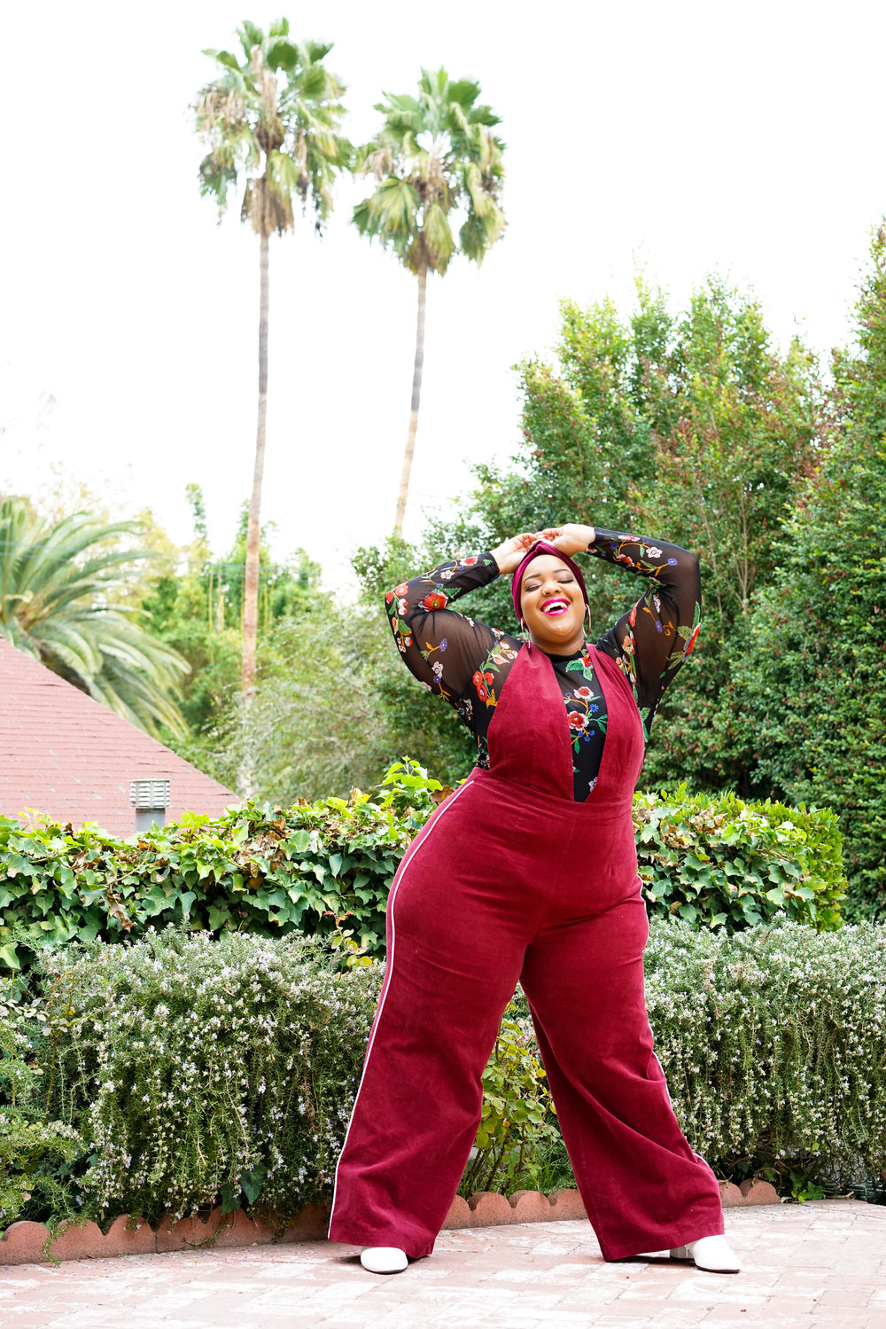 Leah-Vernon-Plus-Size-Body-Positive-Muslim-Girl-Model-Detroit-London-Blogger-Instagram-1.jpg