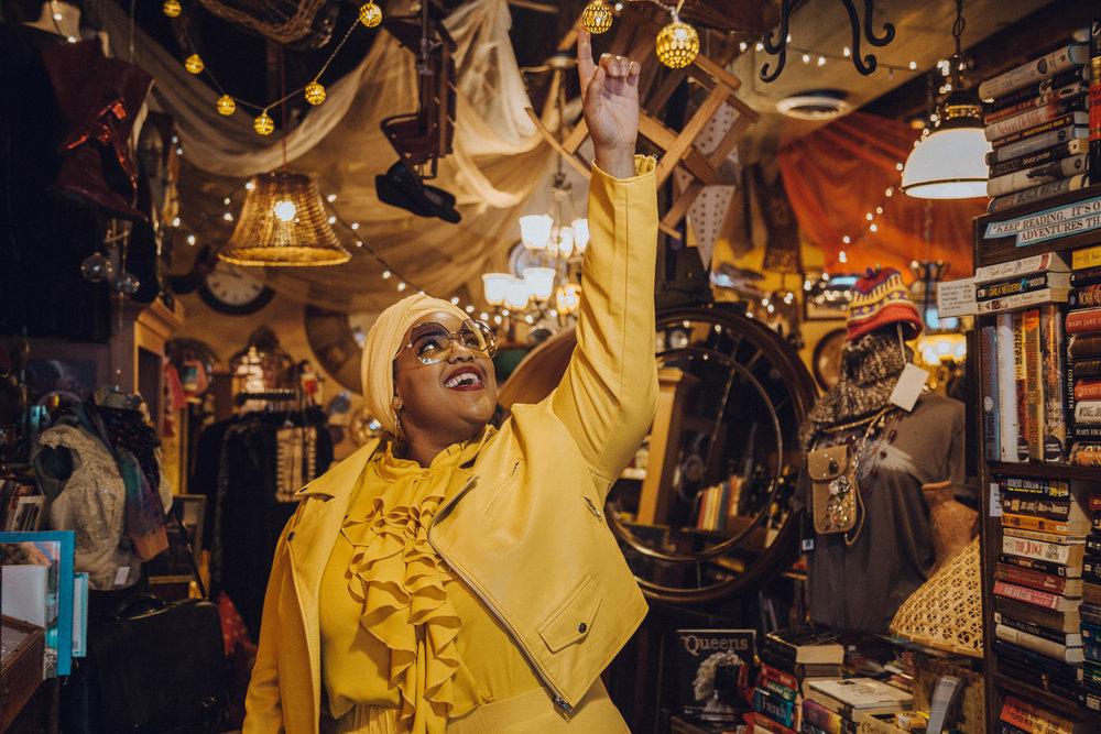 Detroit-Blogger-Body-Positive-Muslim-Girl-Black-Hijabi-Plus-Size-Model-Monochrome-NYFW-Style-Leah-Vernon-5.JPG