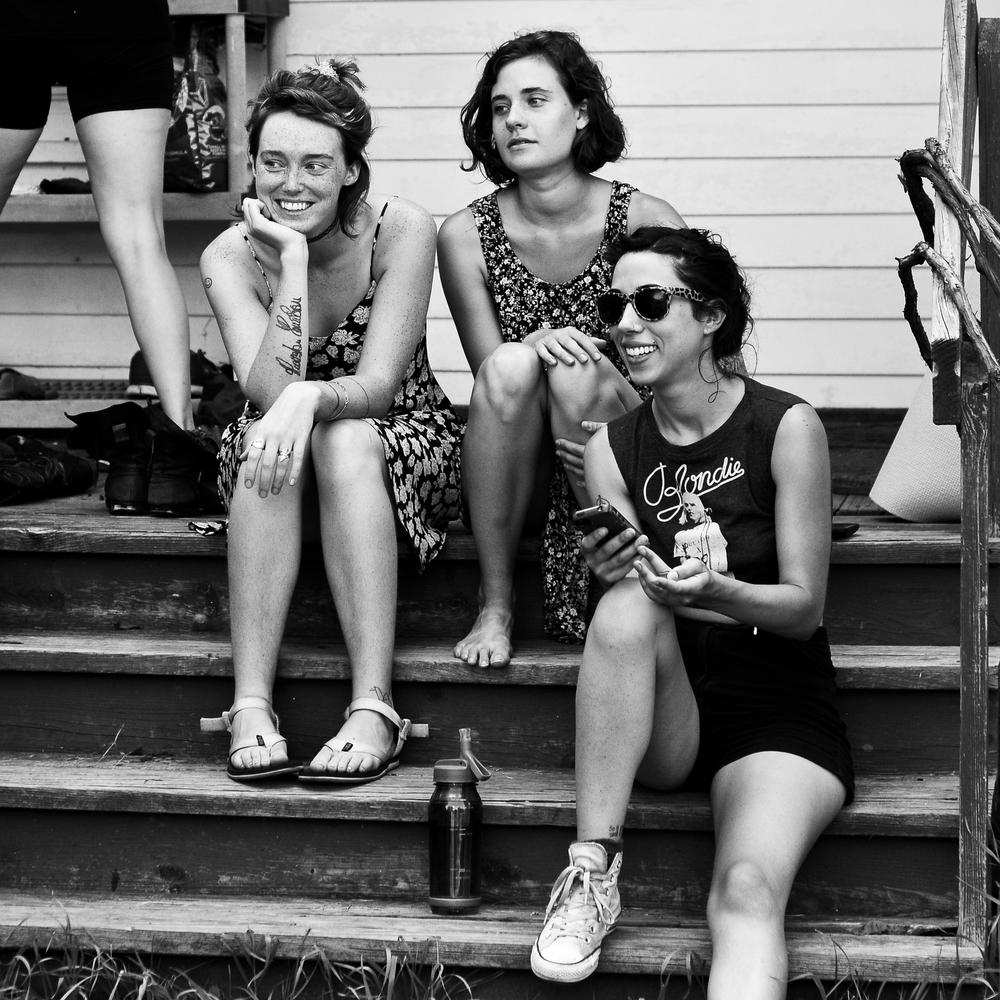 porchgirls.jpg
