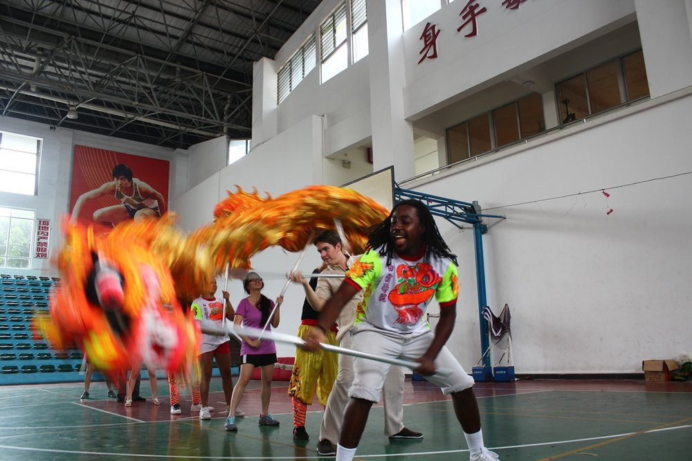dragon dance_2.jpg
