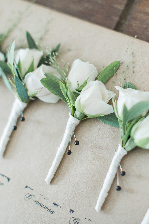 FlowerKiosk_WeddingLookbook_005.jpg