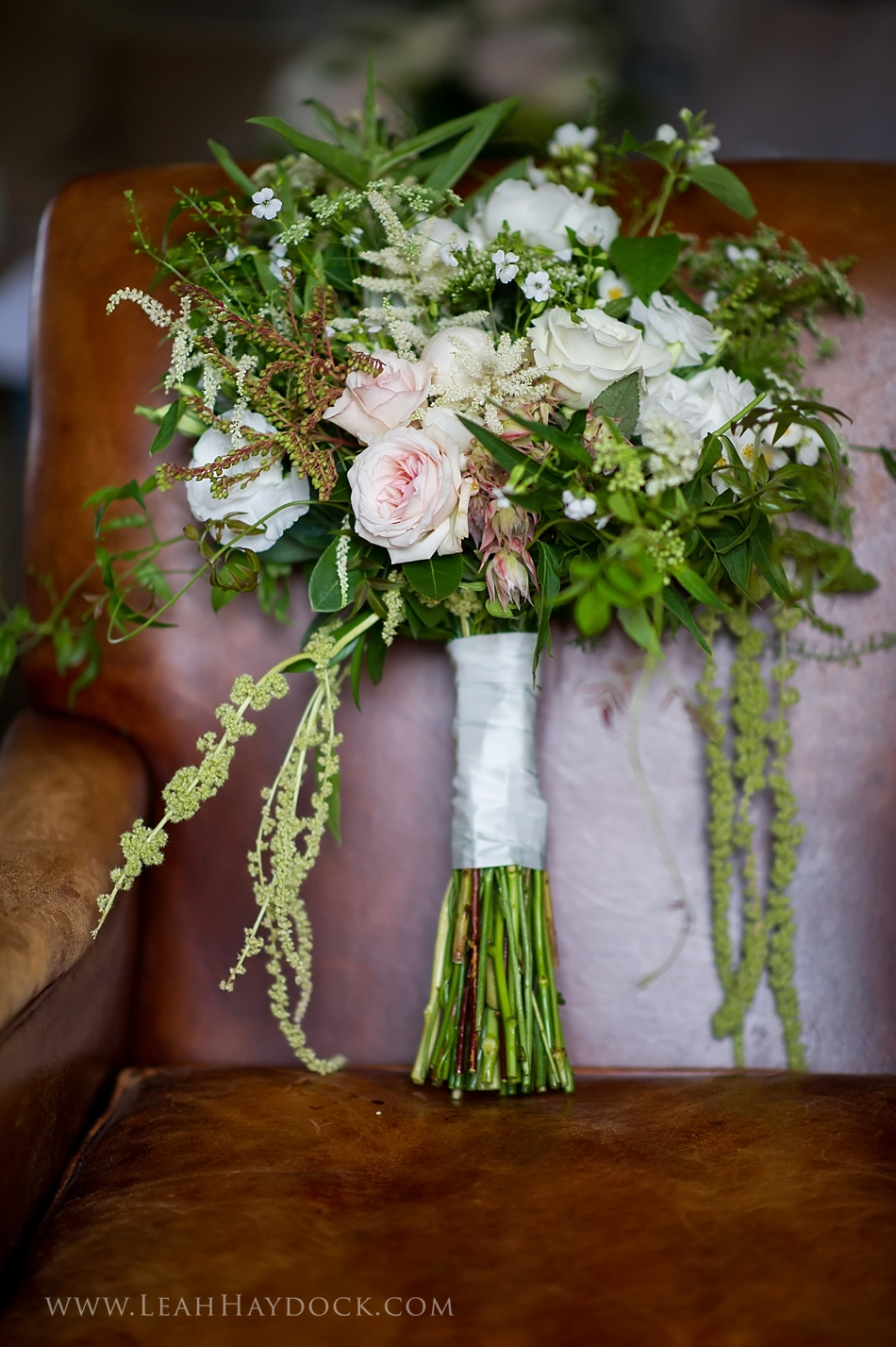 FlowerKiosk_WeddingLookbook_028.jpg