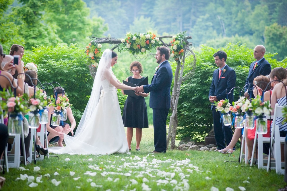 FlowerKiosk_WeddingLookbook_043.jpg