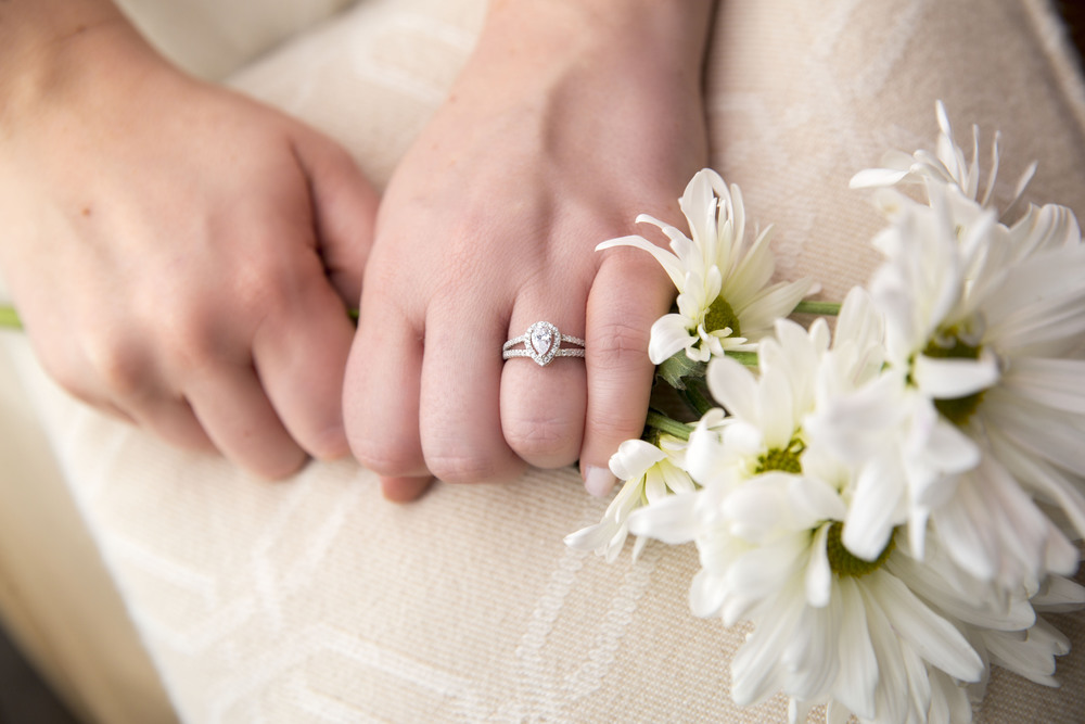 I love product photography and rings...what girl doesn't love rings??   Mocha   rings selected me to do their engagement/wedding rings for their site.