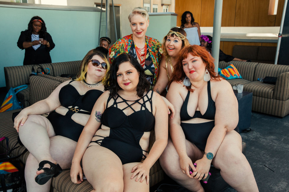Photo by Sami Drasin Photography | Gorgeous group shot with Jillian, Kaci, Kat of Style Ethic (that's me!), Briana of @mamafierceblog, and Laurel from Wear Your Voice magazine.