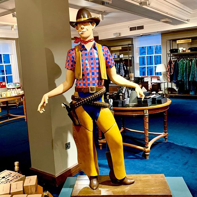'Gurl, you mean this party wasn't fancy dress?!' (quickly strips down to just the chaps...) They are serving you cheeky western chic @fortnums  #cheeky #gurl #fancydress #chaps #western #shanteyoustay #destinationretail #retail #fortnumandmason #visualmerchandising  #london #gaytravel #gaycation