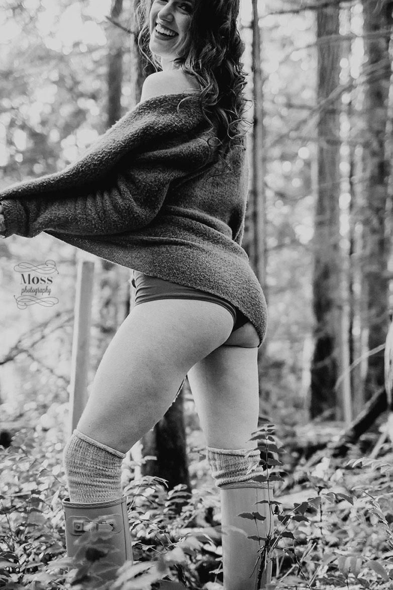 Kennedy-Victoria-Boudoir-Photography-29.jpg