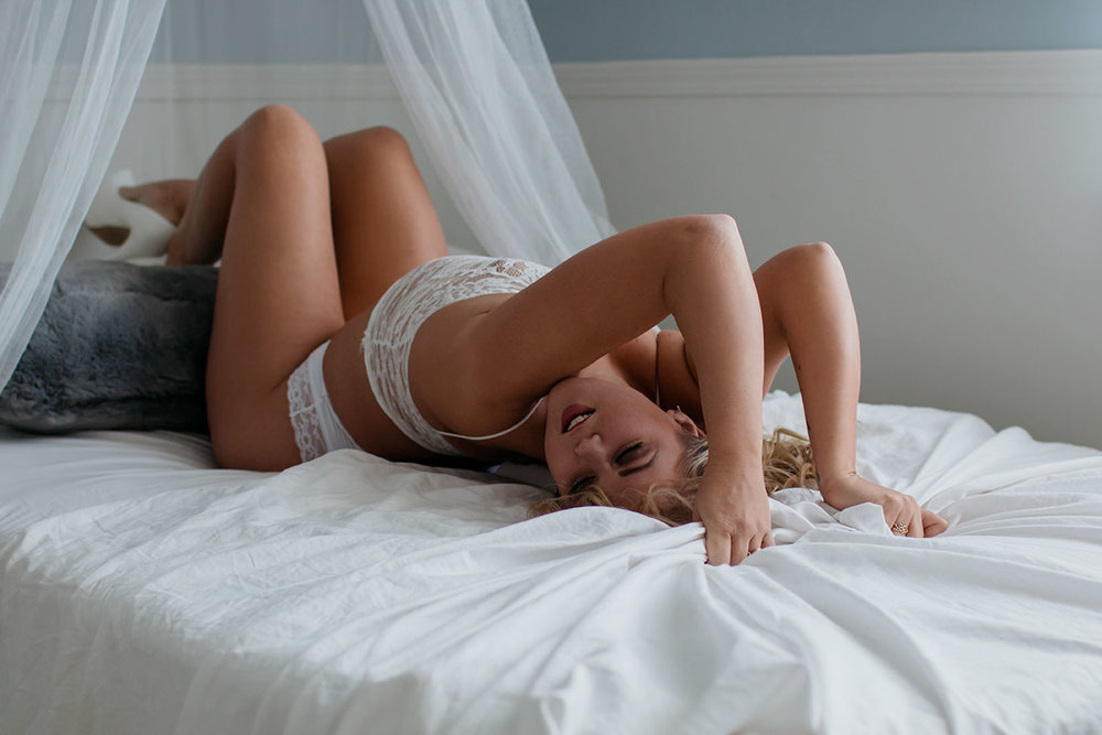 Victoria-BC-Boudoir-Photography-(41-of-61).jpg