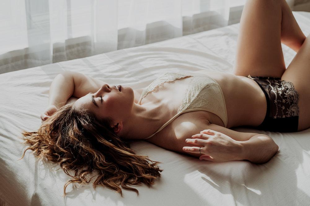 Victoria-BC-Boudoir-Photography-13.jpg