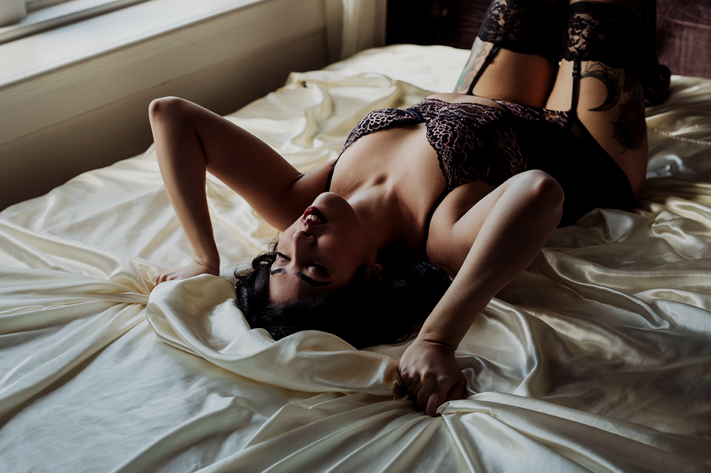 Vancouver-Island-Boudoir-Photography-2.png
