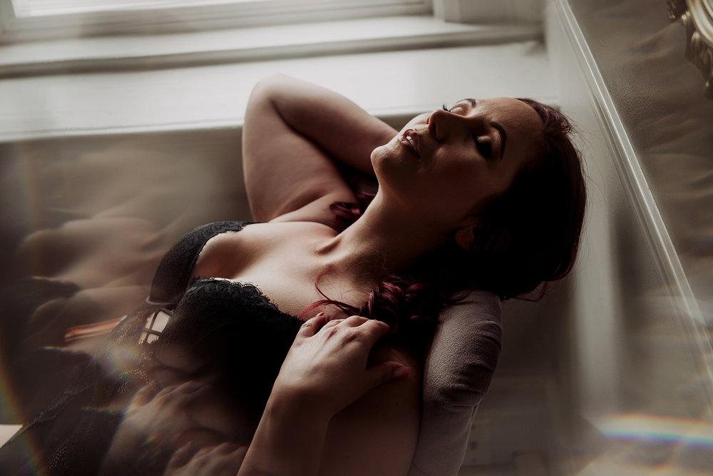 Victoria-BC-Boudoir-Moss-Photography-3.jpg