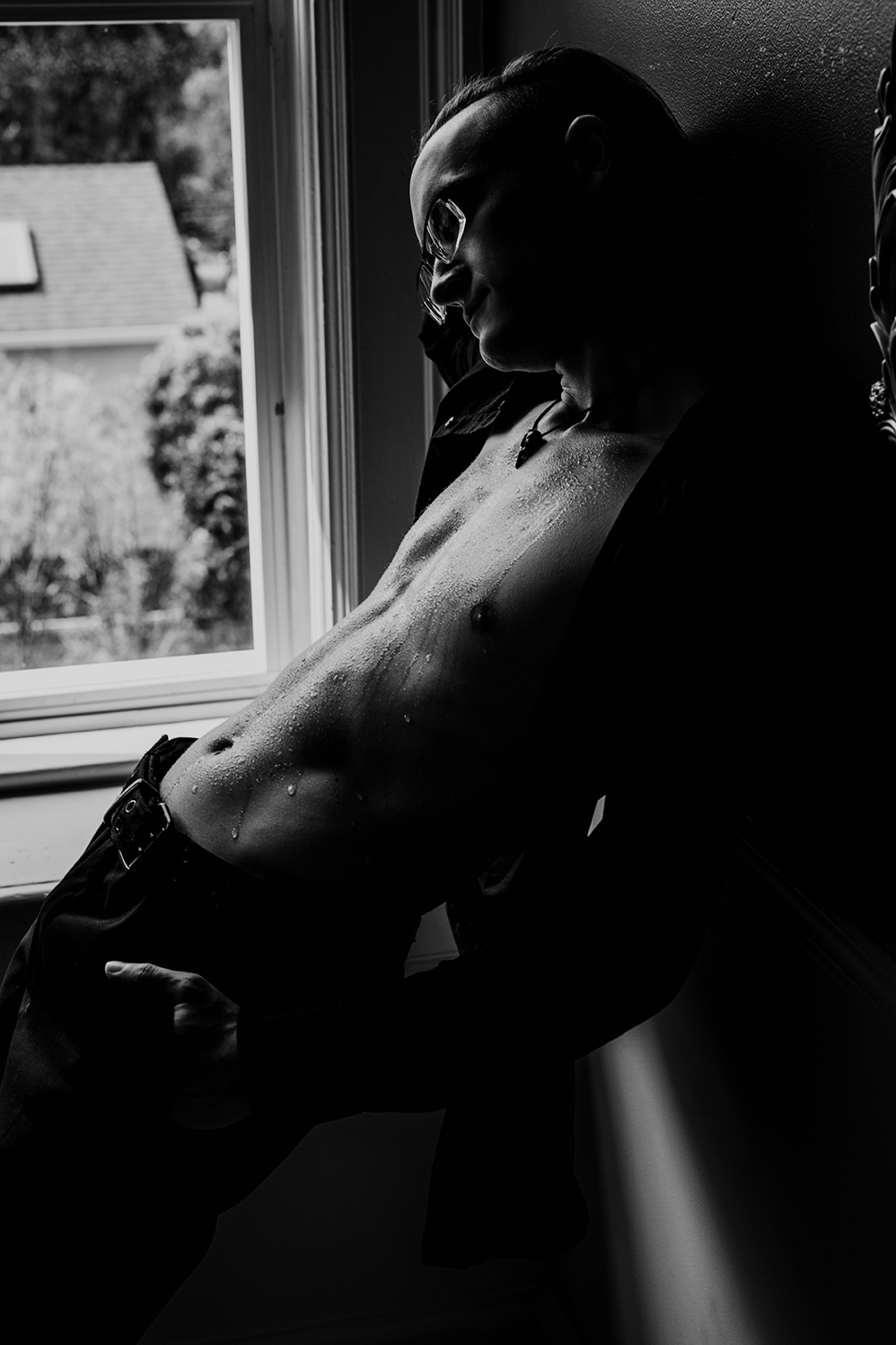 Victoria-Bc-Boudoir-Moss-Photography-73bw.jpg