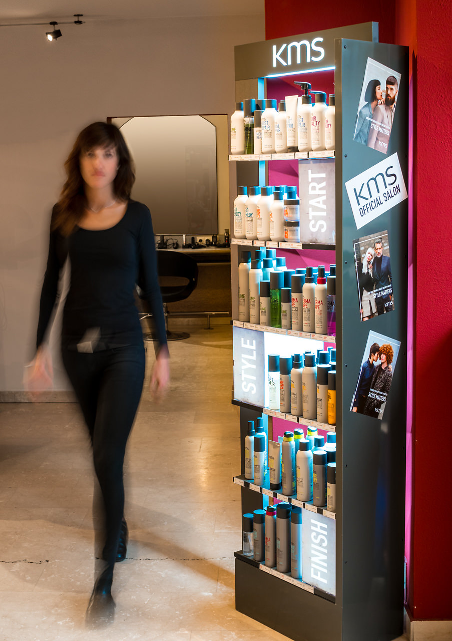 Die hochwertigen und friseurexklusiven Produkte von KMS California bieten dir einen perfekten Style, ganz auf dich abgestimmt: Beste Pflege zum Start, individuelle Produkte für deinen außergewöhnlichen Style und ein langanhaltendes Finish, ganz nach dem Motto Start - Style - Finish -