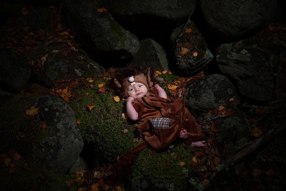 Vauvakuva miljöössä, valokuvaaja Janne Laaksonen, Riihimäki
