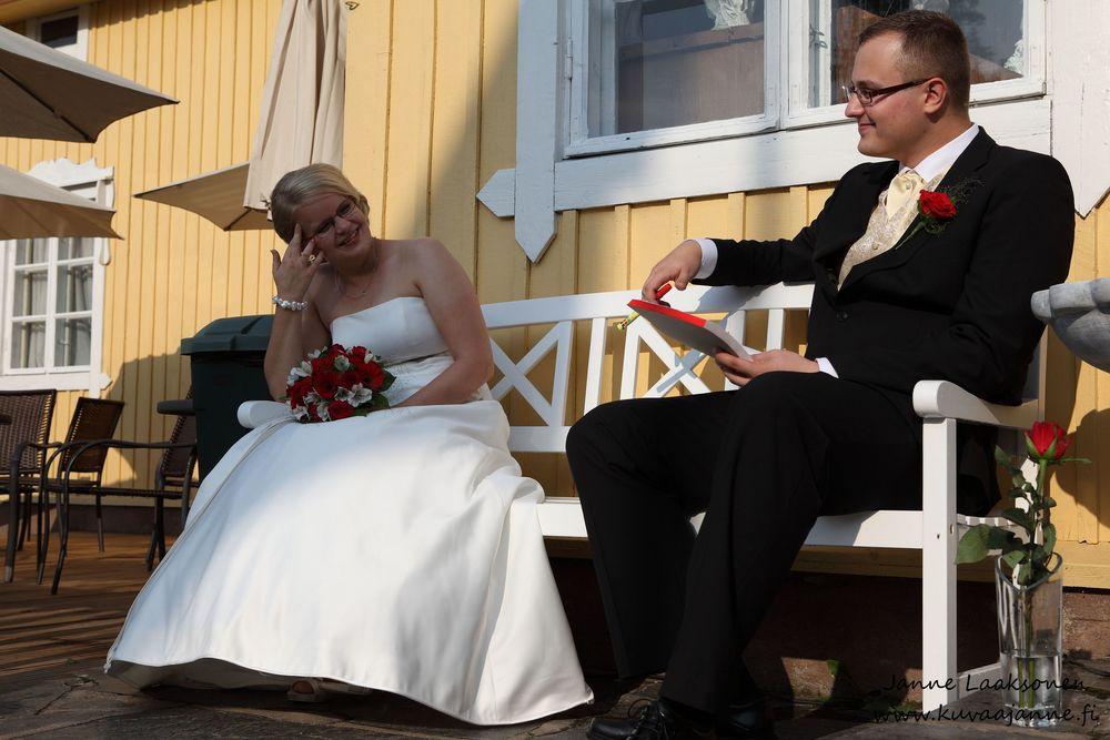 Hausjärvi, Savelan pitokartano elokuussa. Hääpari ja hääohjelma. Valokuvaaja Janne Laaksonen, Riihimäki