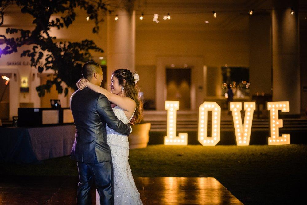 newly wed first dance big island wedding