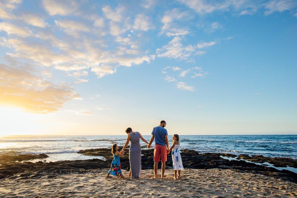 Hawaii-Family-Photographer-Kukio-family-session