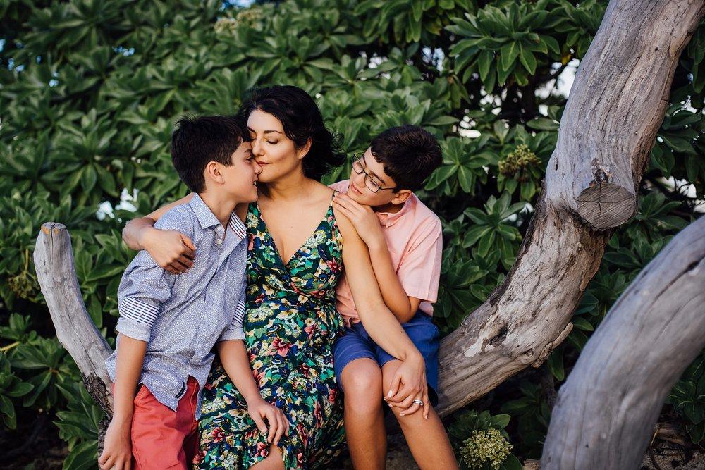Motherhood series in Kona Photographer