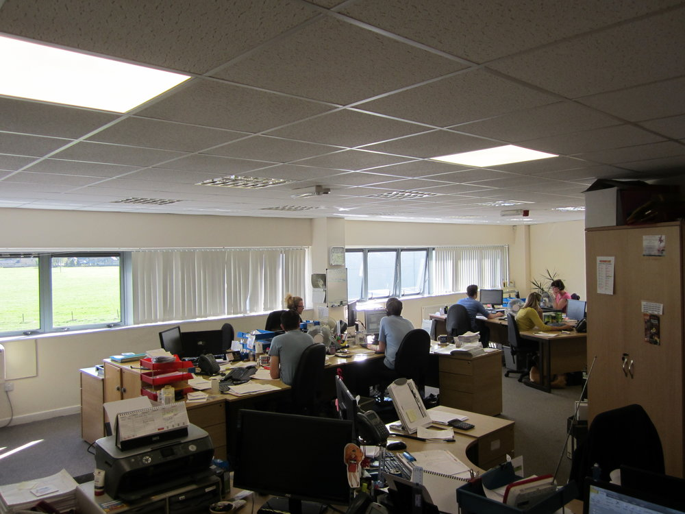 office 001.JPG