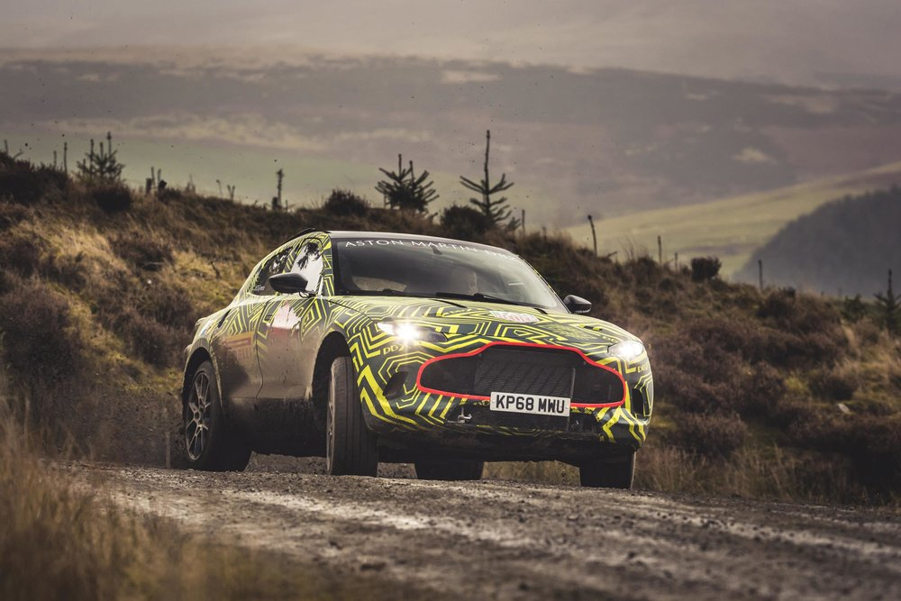 Aston Martin DBX_Prototype_04.jpg