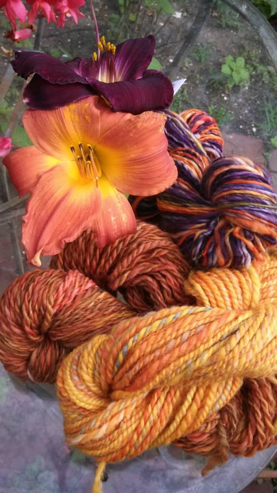 daylily yarn.jpg