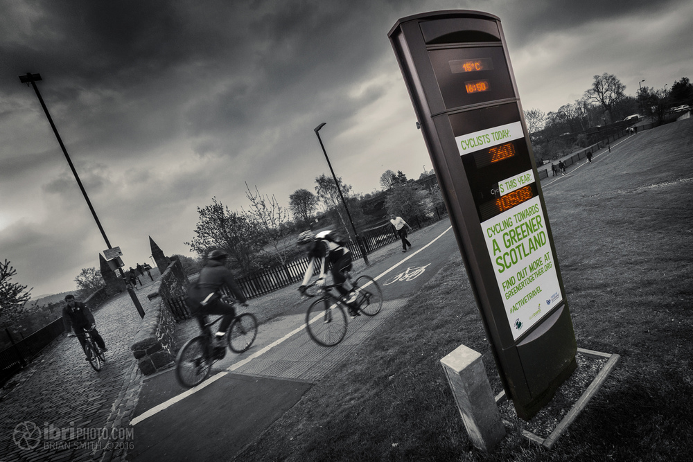 The bike counter at the Old Stirling Bridge, back when it still worked.