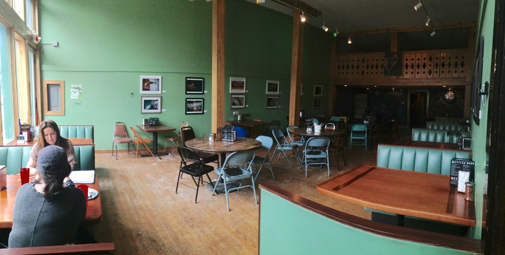 The most popular local pizza place, Deluca's Pizzeria in Hot Springs, will be my exhibition space. I believe it will be a hit!