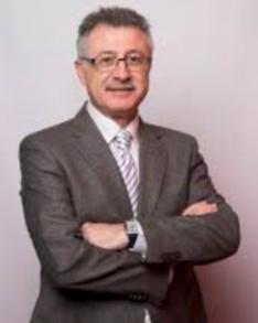 DR. ALMENAR, Jefe de la unidad de transplante cardiaco hospital la fe, valencia