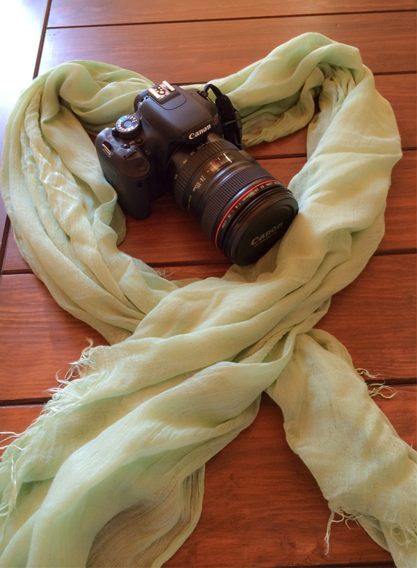 600x516-052514camerascarf.jpg