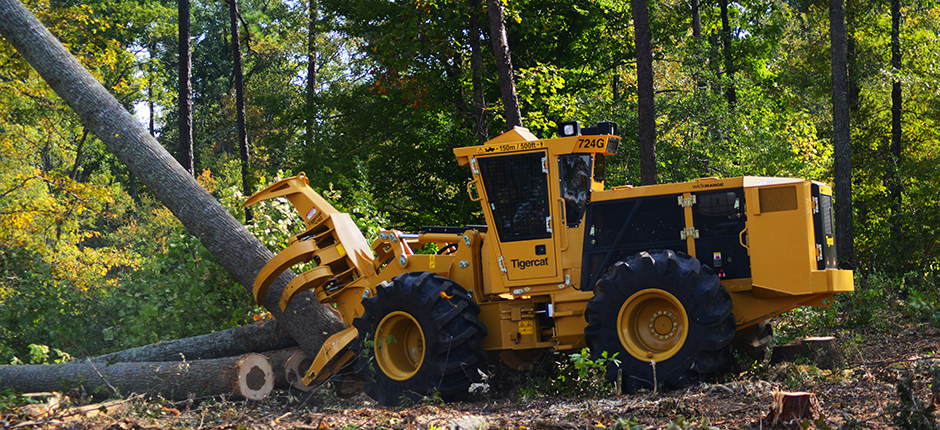 724g-drive-to-tree-feller-buncher-940x430-7.jpg