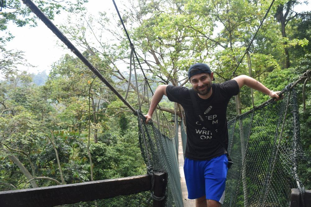 Al Parco Frim, non molto distante da Kuala Lumpur. Sarà presto dichiarato un World Heritage e il mio gruppo è probabilmente stato uno degli ultimi a camminare su questi bellissimi ponti sospesi a decine di metri dalla giungla. Un'esperienza indimenticabile.