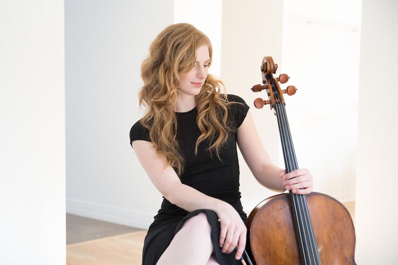 Sarah Rommel, cello