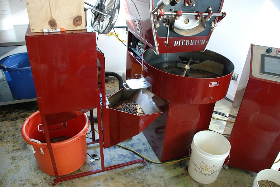 diedrich-coffee-bean-roaster-skoolielove.jpg