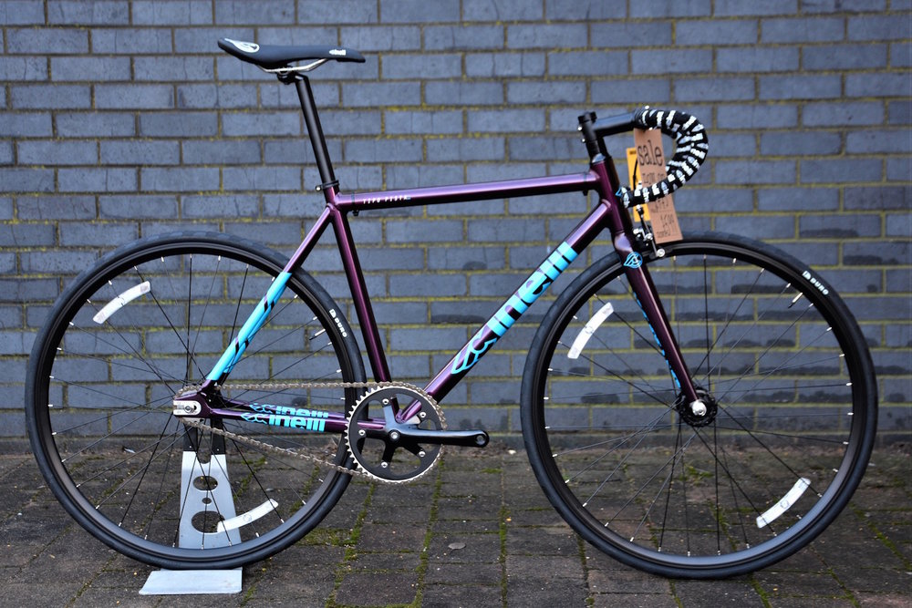 Cinelli_tipo_pista_purple.jpg