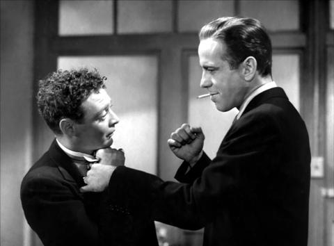 """Un classico esempio di Detective """"Hard-boiled"""" è Humphrey Bogartnella parte di Sam Spade nel film """"Falcone Maltese"""" tratto dall'omonimo romanzo di Dashiell Hammett"""