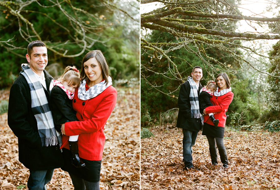 Family Portraits at Discovery Park