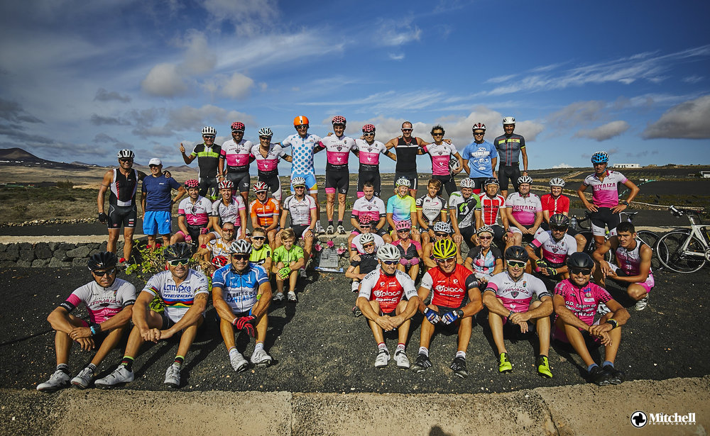 40+ cyclists from various tri clubs turned out to honor Peter Loughran.