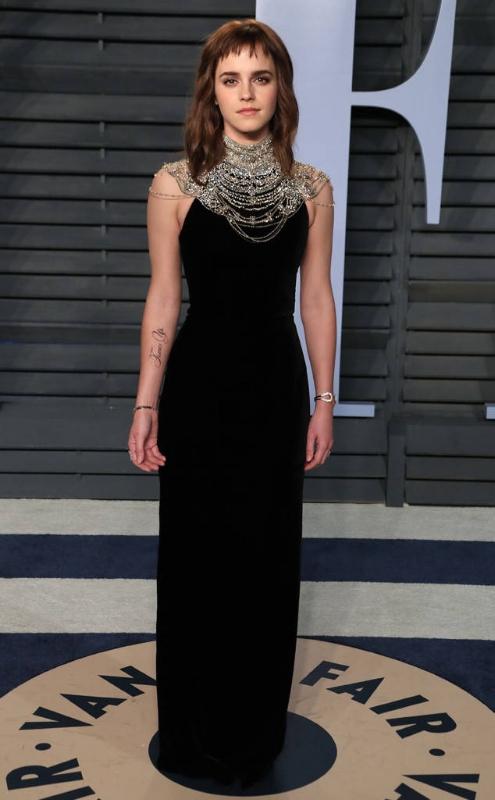 rs_634x1024-180305072912-634.Emma-Watson-Vanity-Fair-Oscar-Party-2018-JR-030518.jpg