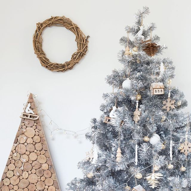 Have you got your Christmas tree yet ? Ours went up last weekend and stayed nude... because I couldn't decide how to decorate it!. If you're after some inspo we've done one tree, three different ways, over on our blog and the best bit is everything is available from one fabulous place, @adairs 👍