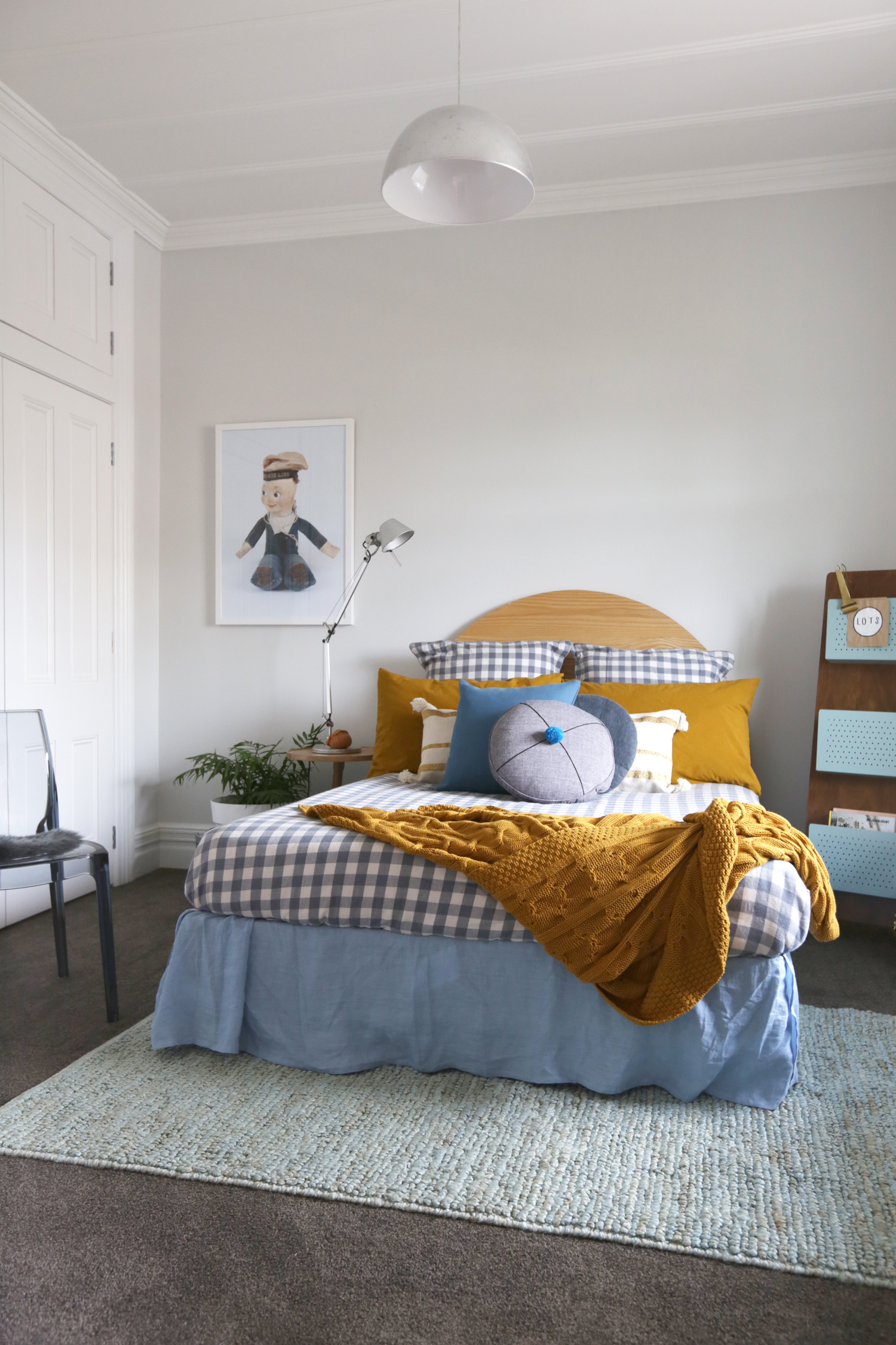 Re-create the Creative Living Spare Bedroom in your own home ...