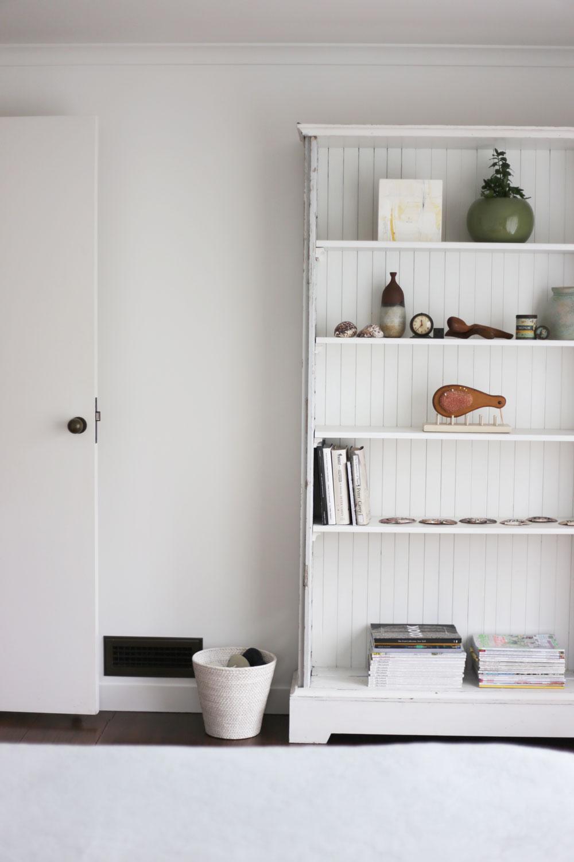 Macky-shelf2.jpg
