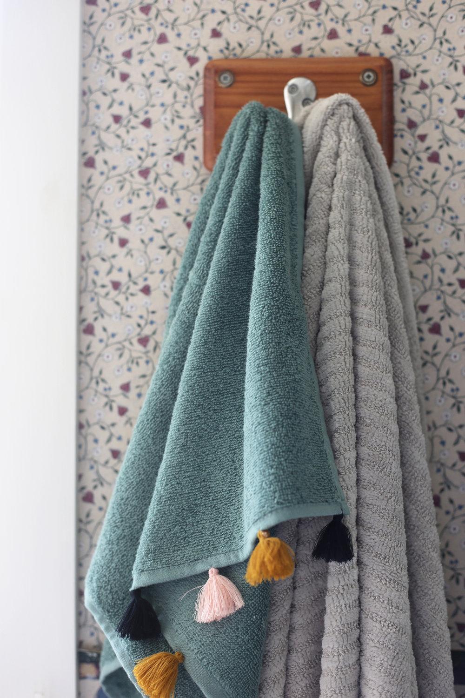 Cautley-towels.jpg