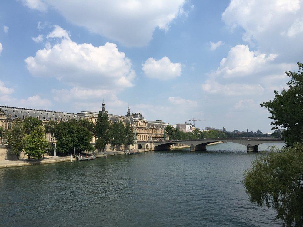 La Seine, Le Louvre