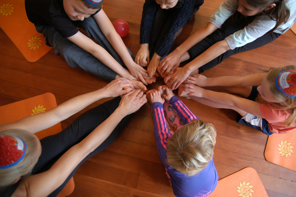 Kids yoga birthday parties San Francisco