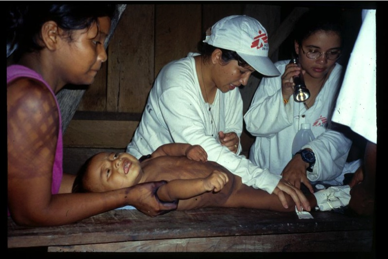 Indigenous health in the Colombian jungle with MSF : meningitis, indigenous beliefs, western medicine, multicultural team, remote location, guerrilla war, tropical heat = complexity city!