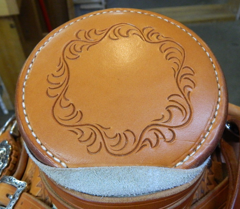 Custom Wade Saddle - Horn Detail