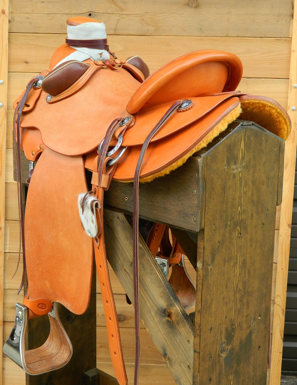 Custom Saddle - Classic Wade