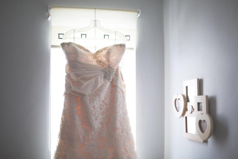 Antoinette & Stephen - Bridal Preparations | Brian McEwan Photography | Wedding Photographer Northern Ireland 7.jpg